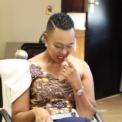 Kelly Khumalo opens up on an unknown man she is sleeping with