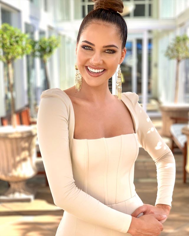 Natasha joubert to represent south Africa at the next international pageant, see the reason why